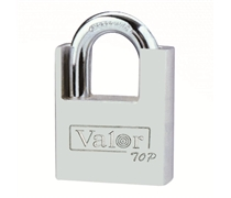 square type shackle protected padlock